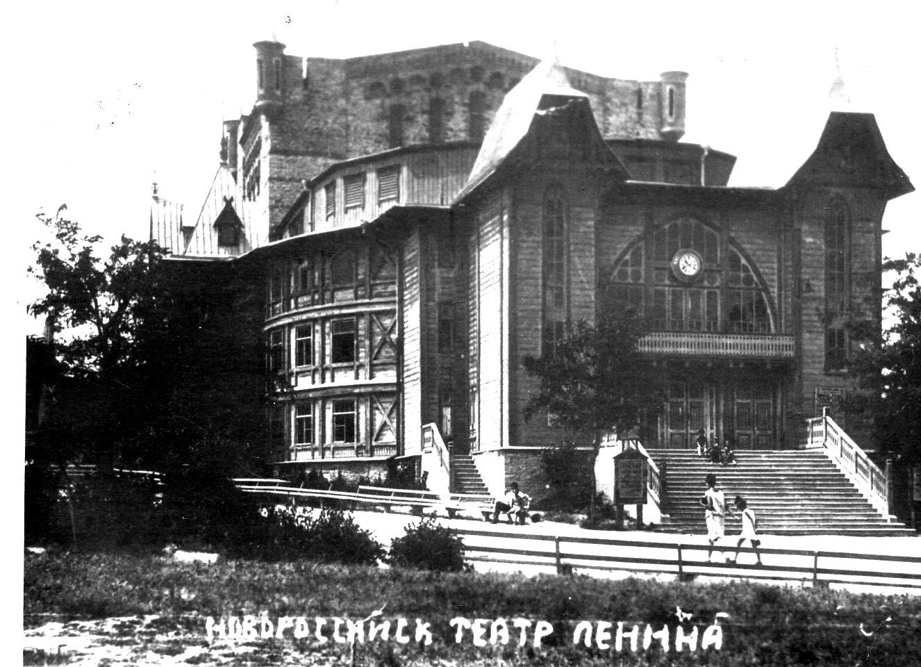 В Новороссийске выставки ждут гостей