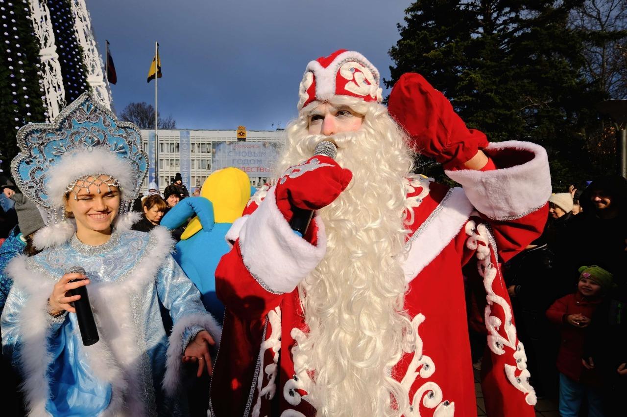 Доглавной новогодней программы вНовороссийске осталось несколько часов!