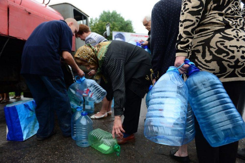 Воду поНовороссийску развозят цистернами: адреса ителефоны