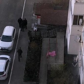 В Новороссийске снова выпала из окна женщина