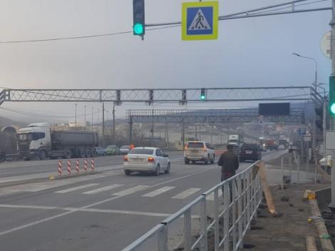 Под Новороссийском воВладимировке поставили светофор