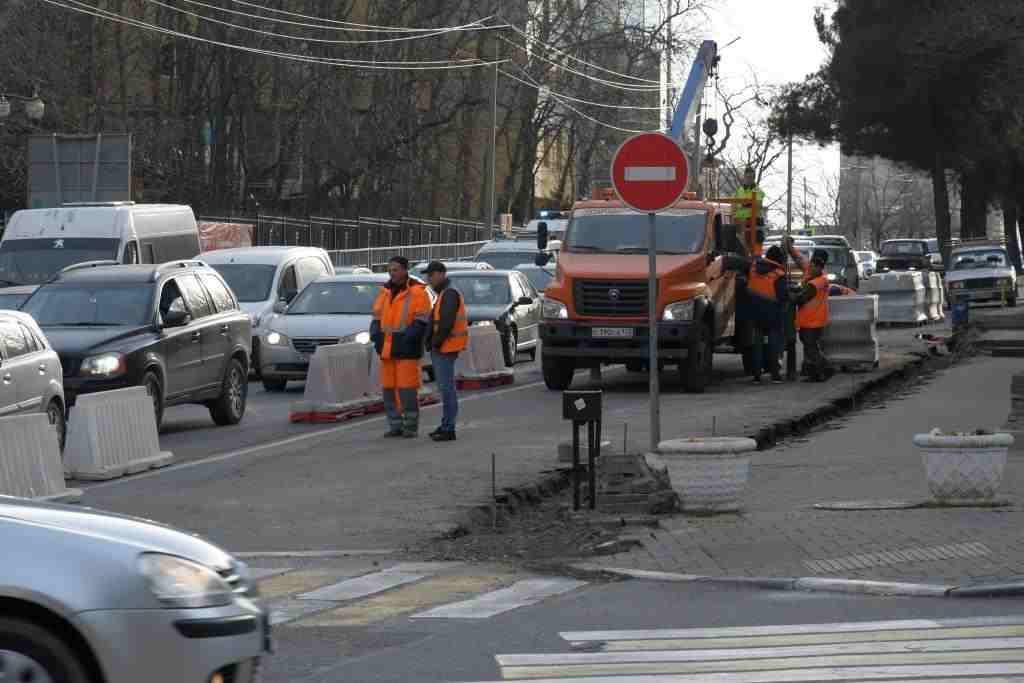 Улицу Энгельса в Новороссийске будут ремонтировать до мая