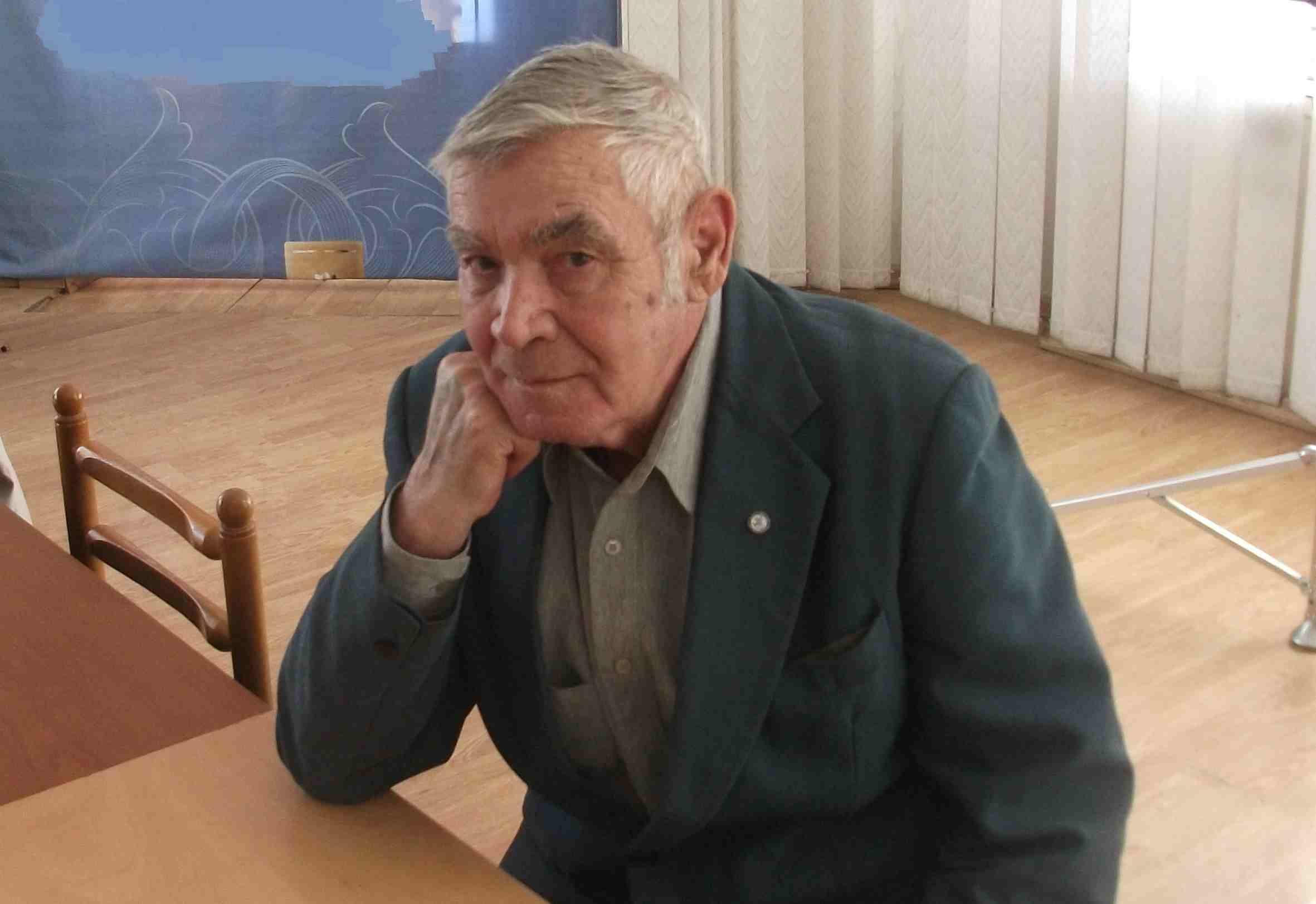 Новороссийскому поэту, приятелю Паустовского и Гайдаенко, исполнилось 90 лет