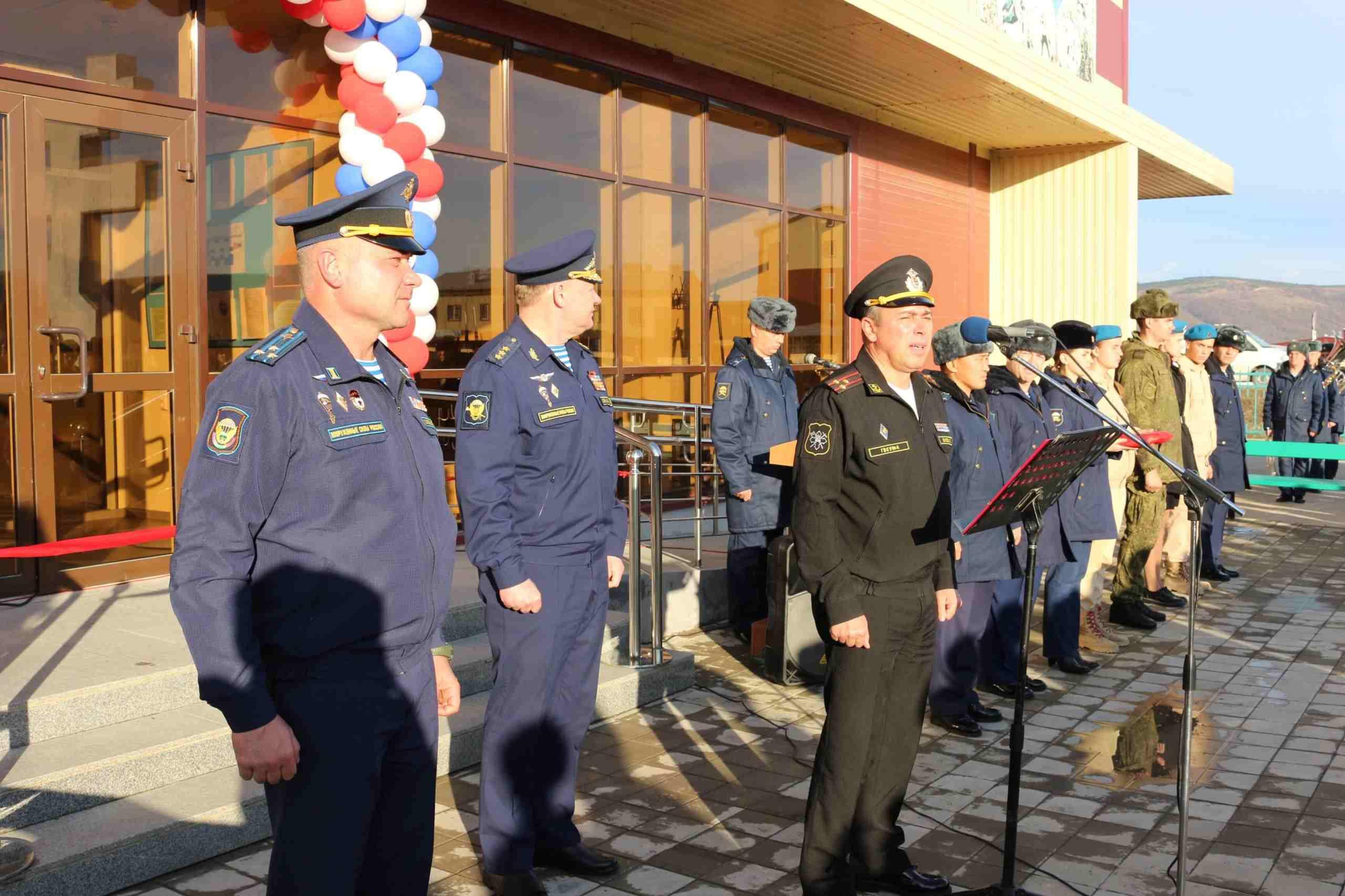 Командующий ВДВ открыл новый учебно-тренировочный комплекс в Новороссийске