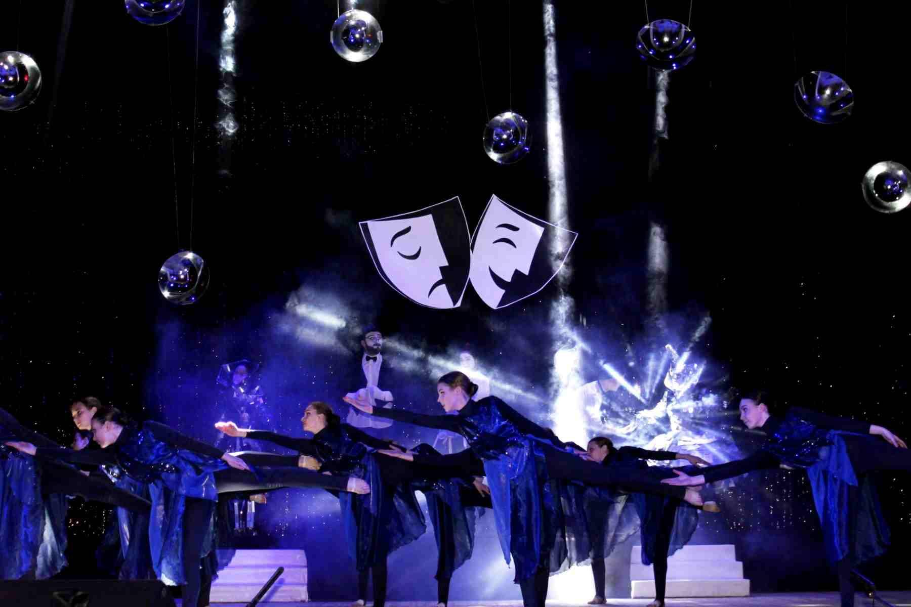 Театралы Новороссийска собрались на одной сцене