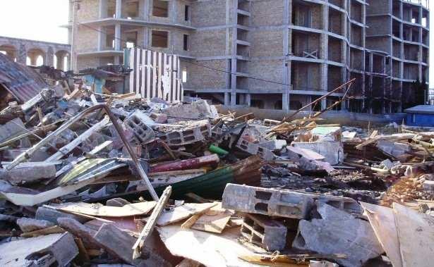 В Новороссийске строители развели бардак на стройплощадке