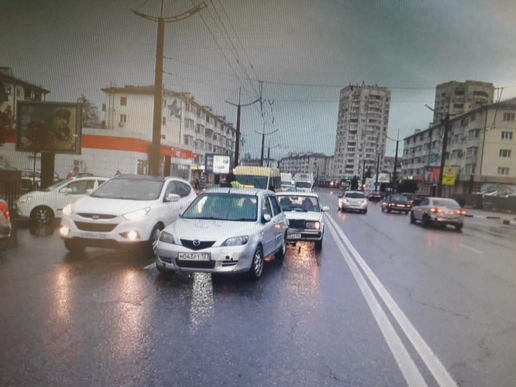 В Новороссийске сбили двух детей на «зебре». Виноват дождь?