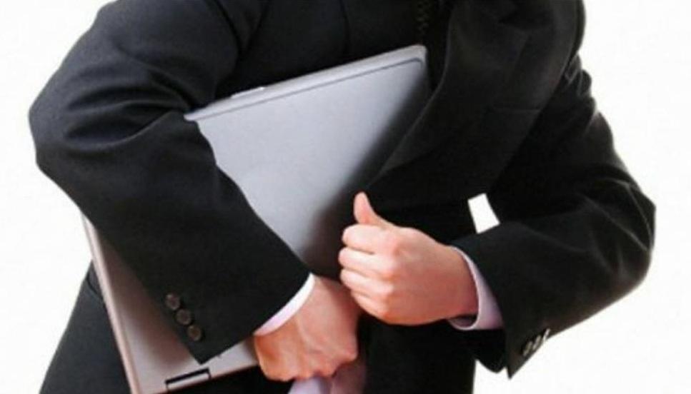 В Новороссийске собутыльник ушел с хозяйским ноутбуком
