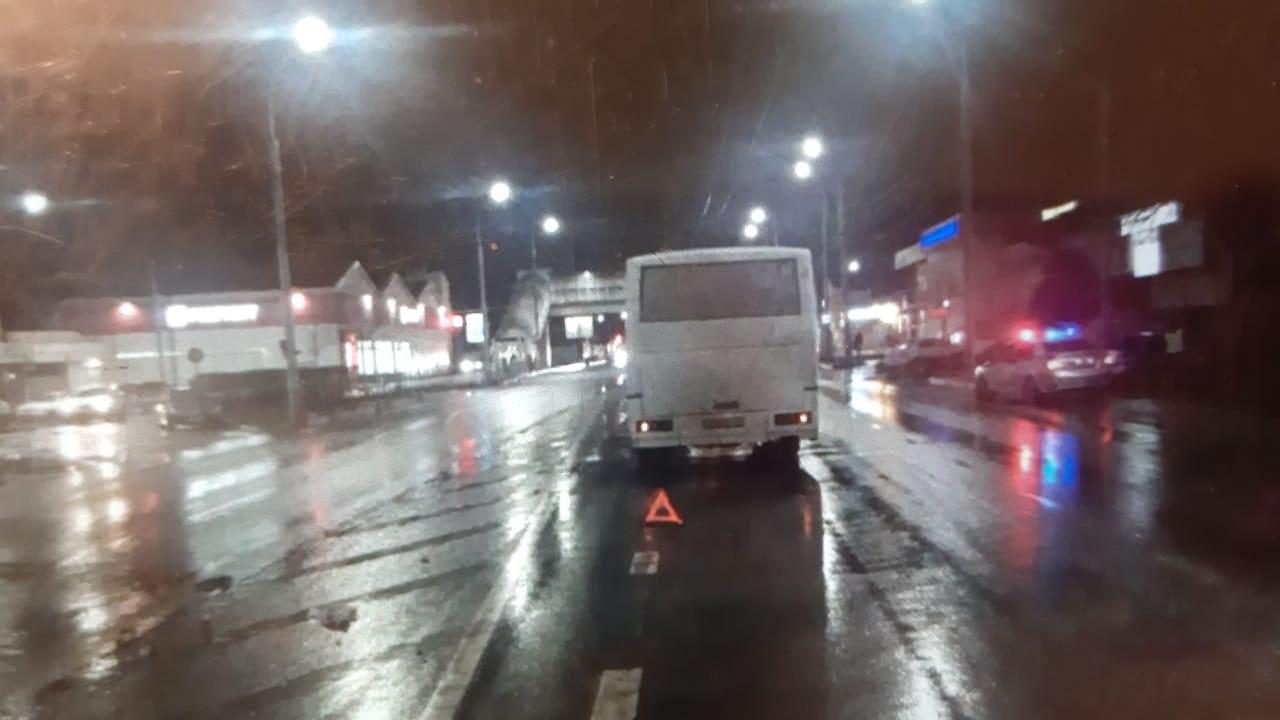 Водитель пассажирского автобуса сбил пешехода вНовороссийске