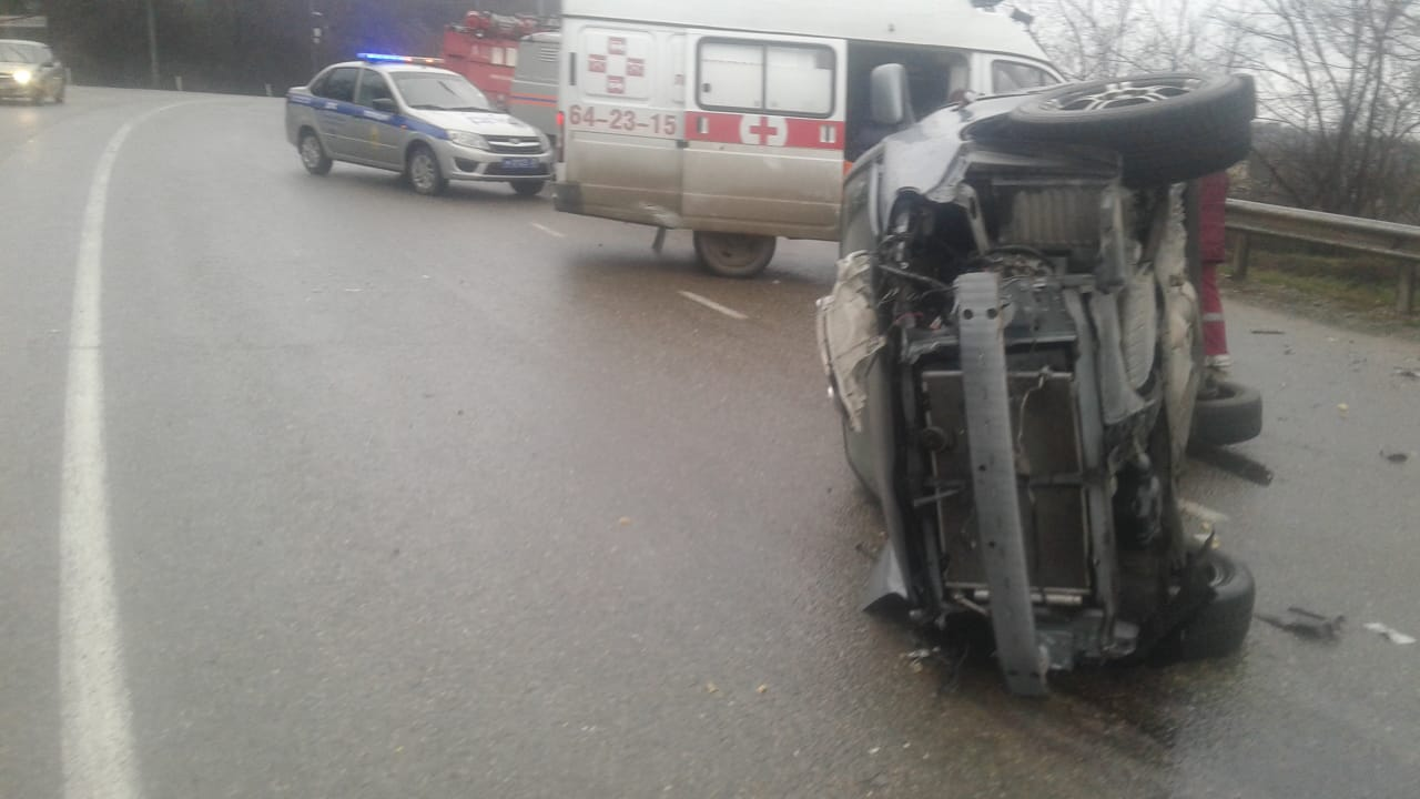 Под Новороссийском погиб водитель отлобового удара