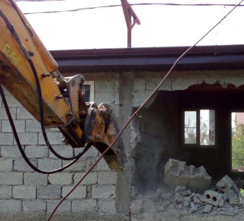 Сносить незаконные гостиницы в пригородах Новороссийска начнут летом