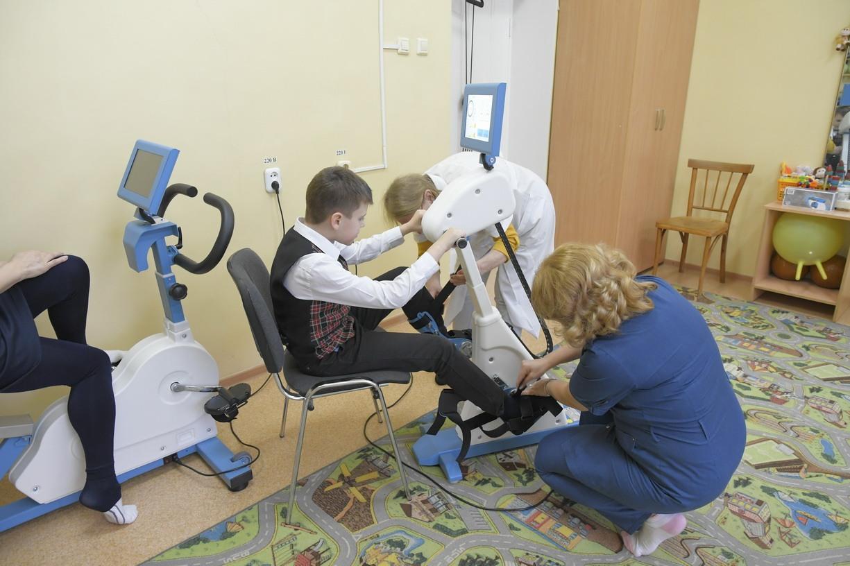 В Новороссийске команда реабилитационного центра помогает встать на ноги после катастроф