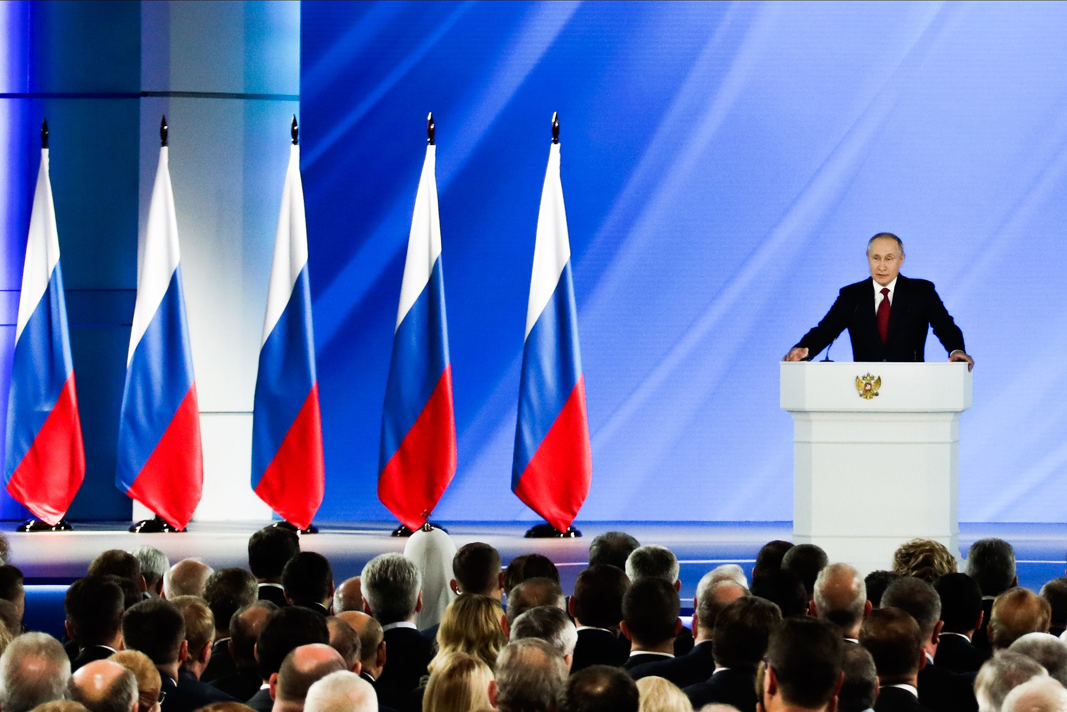 Владимир Путин предложил увеличить материнский капитал и продлить программу до 2026 года