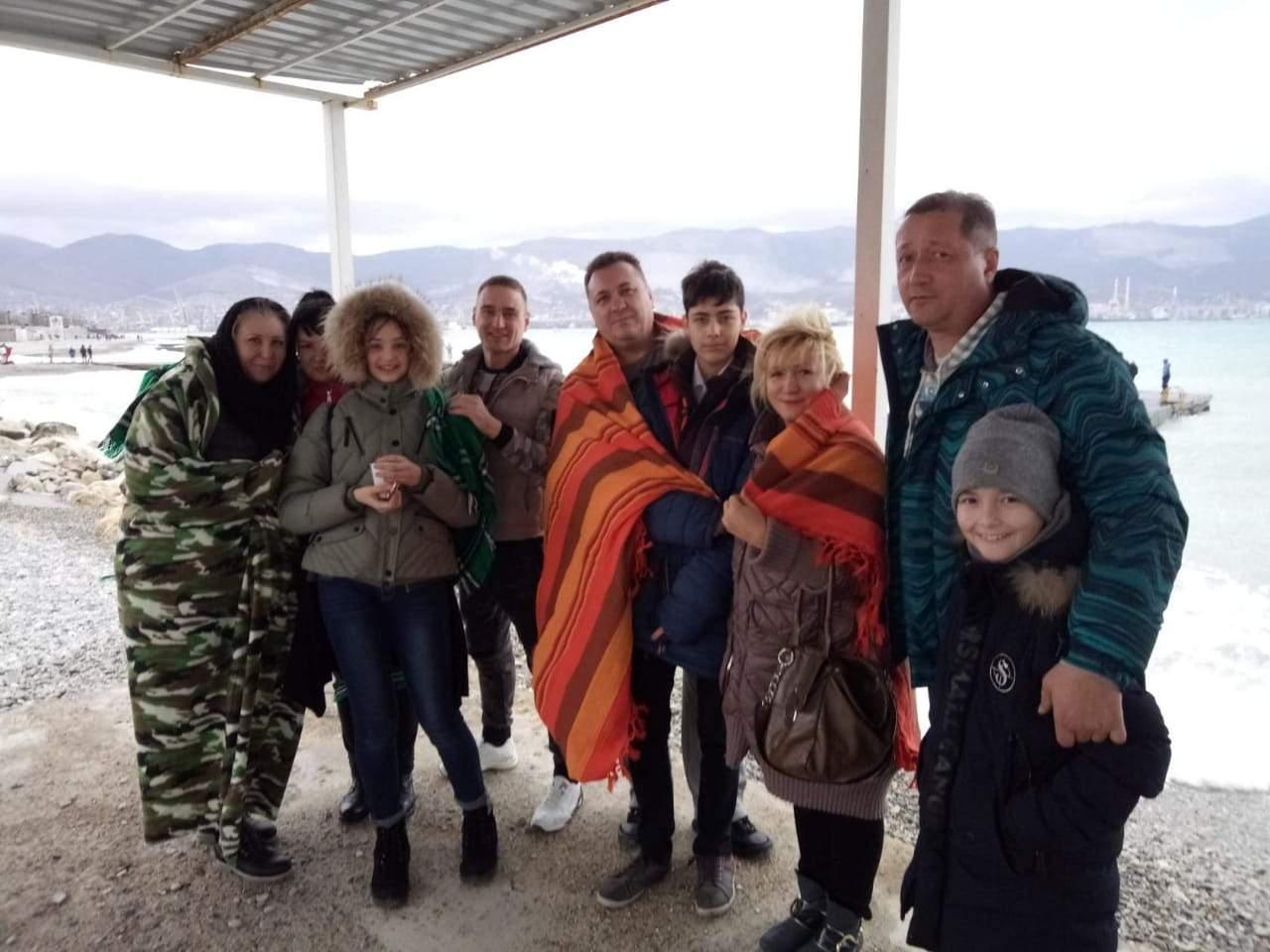 В воскресенье новороссийцев приглашают на пляж: погреться под одеялом и окунуться в море