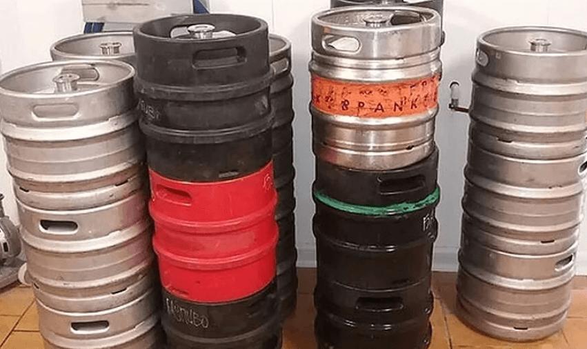 В Новороссийске изъяли почти 400 литров «неправильного» алкоголя