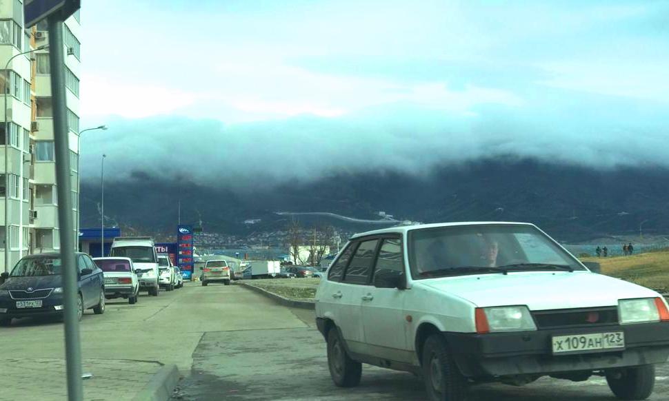 Новороссийцам в непогоду предложили тщательнее проверить маршрут
