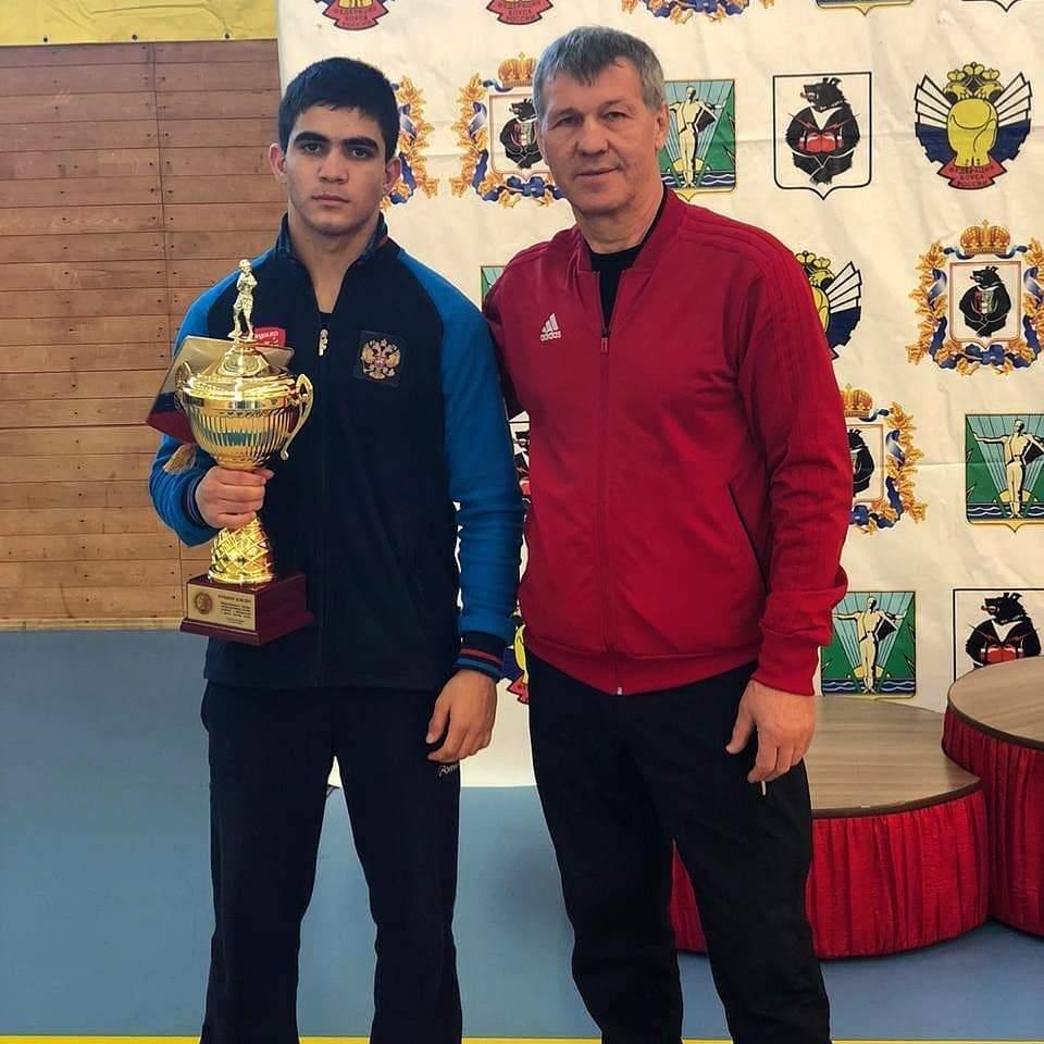 Новороссийский боксер победил в международном турнире