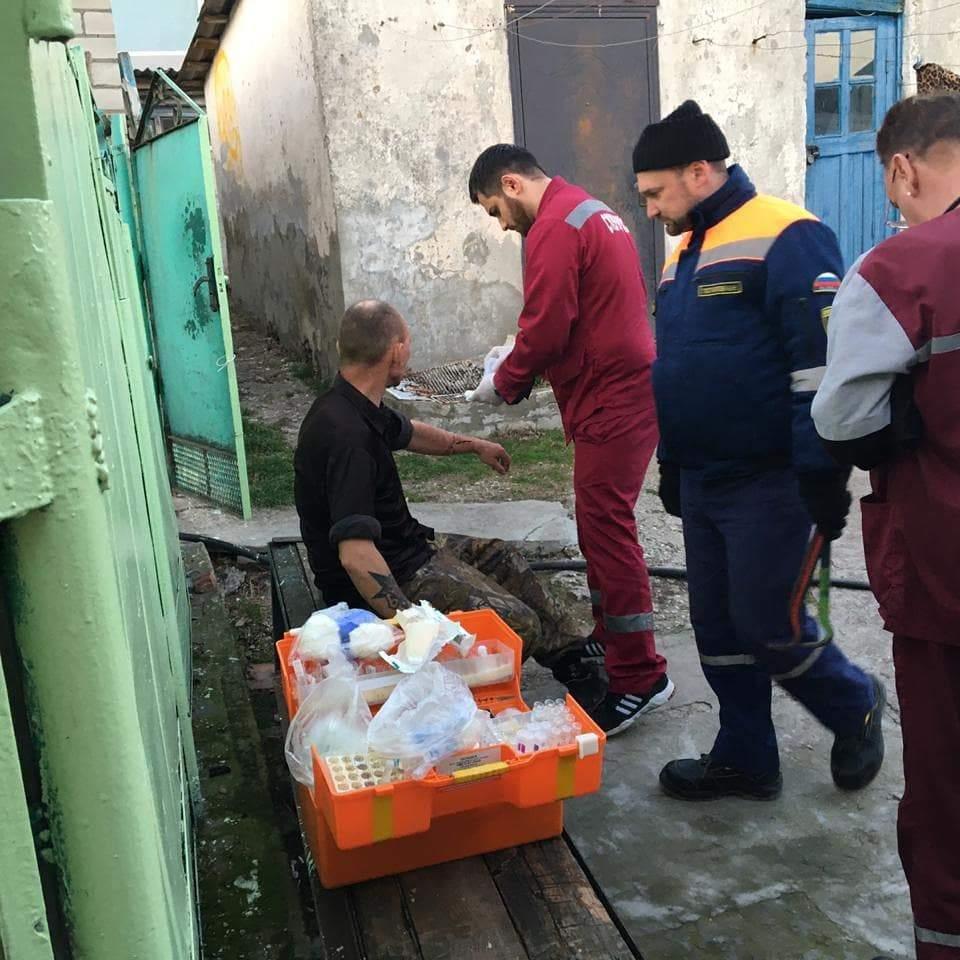 В Новороссийске спасатели снова остановили самоубийцу