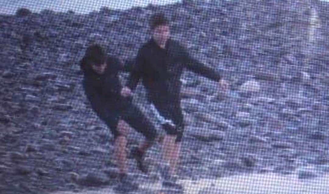 В Сочи возобновили поиски унесенных в море подростков