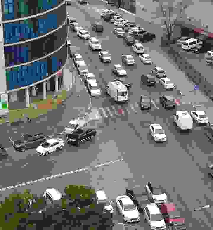 Водитель даже непритормозил: ВНовороссийске сбили двух пешеходов