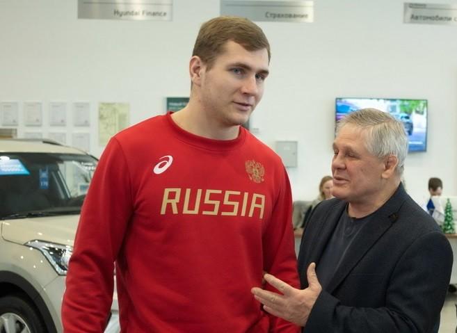Новороссийский спортсмен завоевал бронзу на чемпионате Европы по греко-римской борьбе