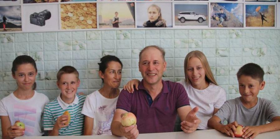 По миллиону рублей выплатят многодетным семьям Краснодарского края за достойное воспитание детей