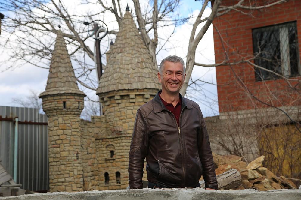 ВНовороссийске строят средневековый замок