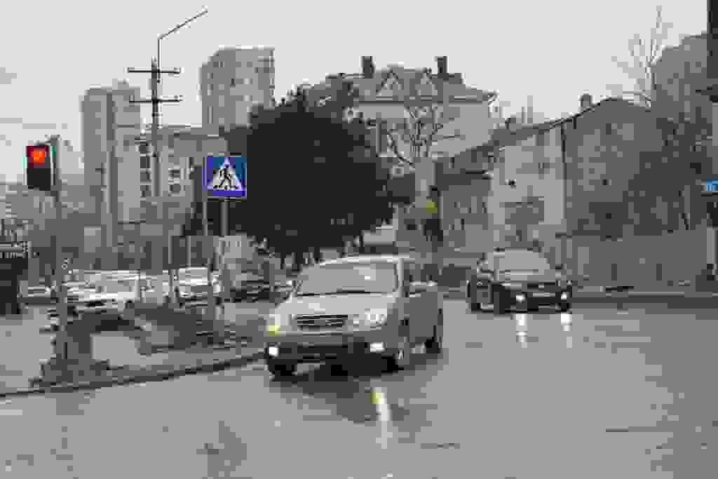 На самых опасных перекрестках Новороссийска светофоры будут работать круглосуточно