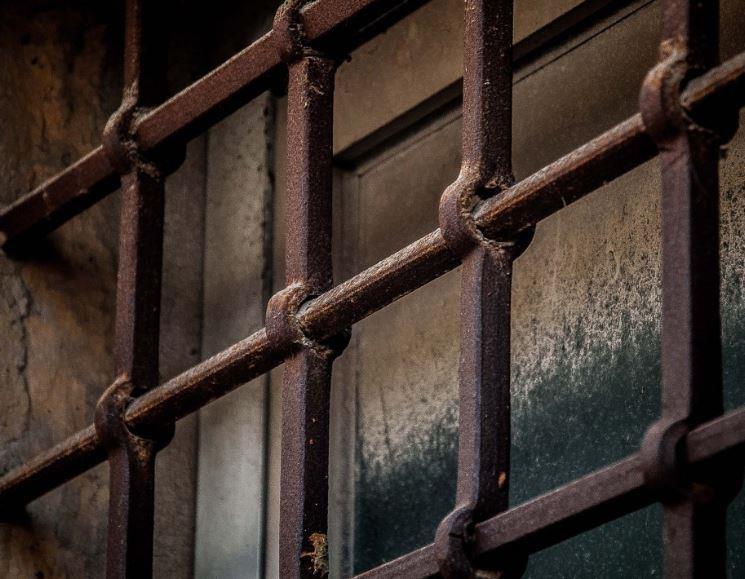 Мошенник, набиравший моряков через Интернет, проведет три с половиной года в тюрьме