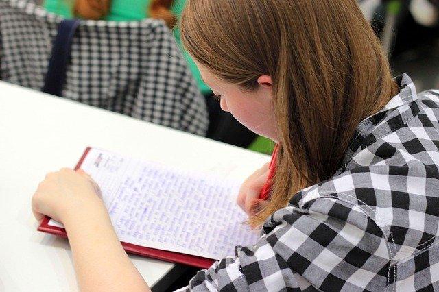 В Краснодарском крае заработала горячая линия по вопросам образовательного процесса в новом учебном году