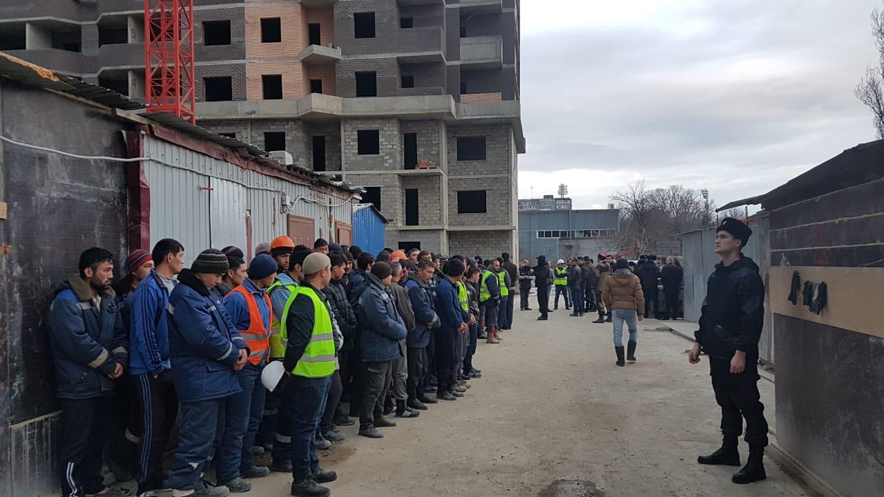 Нелегалов депортируют из Новороссийка