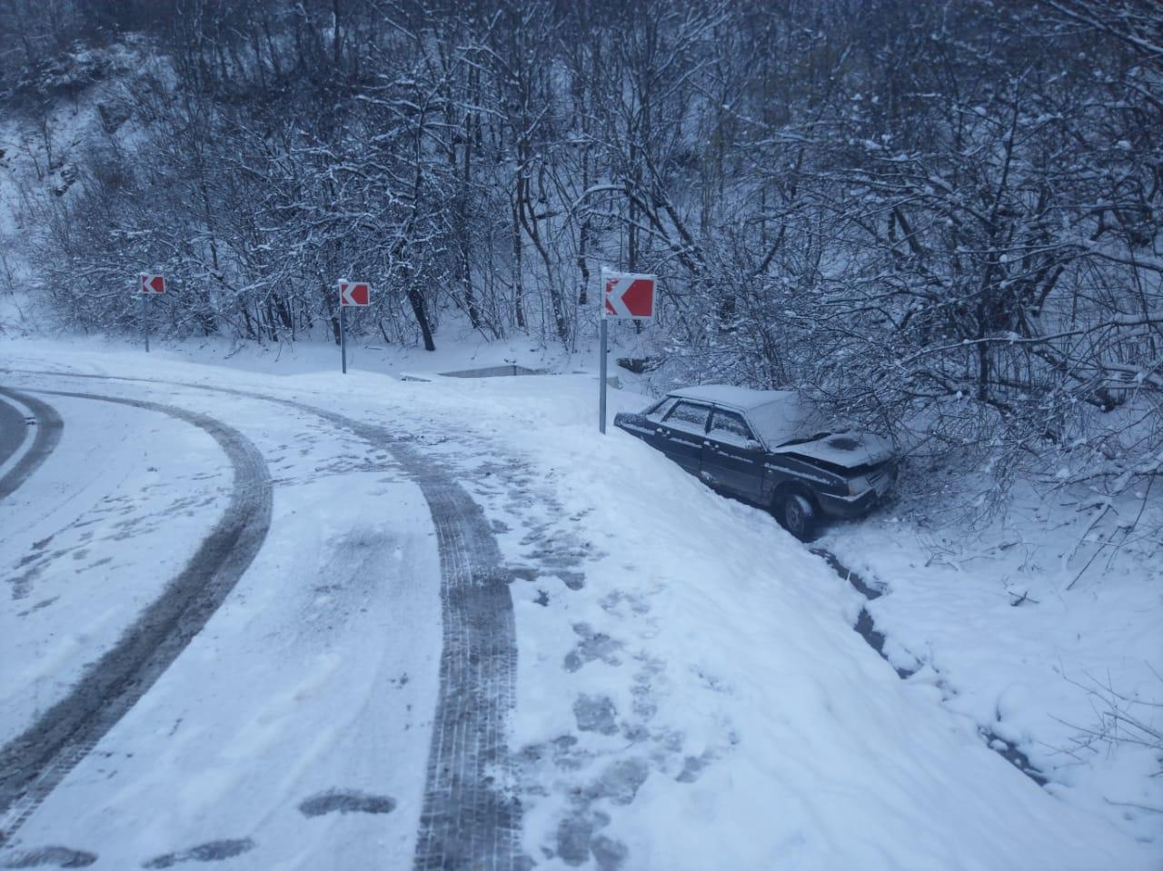 Непогода в Новороссийске собирает аварии