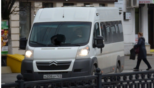 Водители маршруток устроили гонки на дорогах Новороссийска