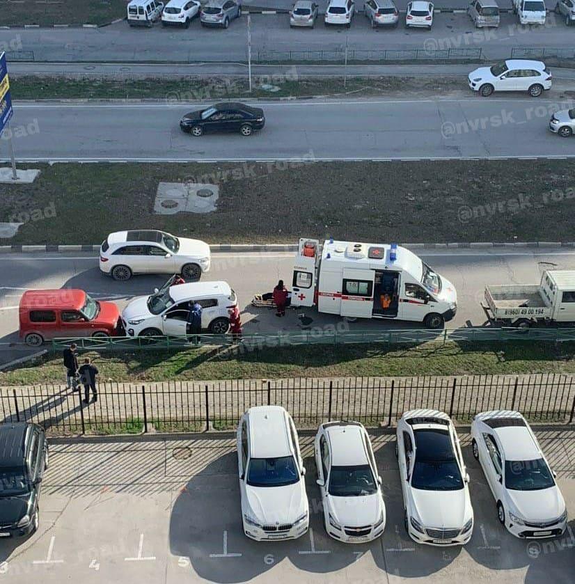 В Новороссийске на встречку выехала машина, водитель которой потерял сознание