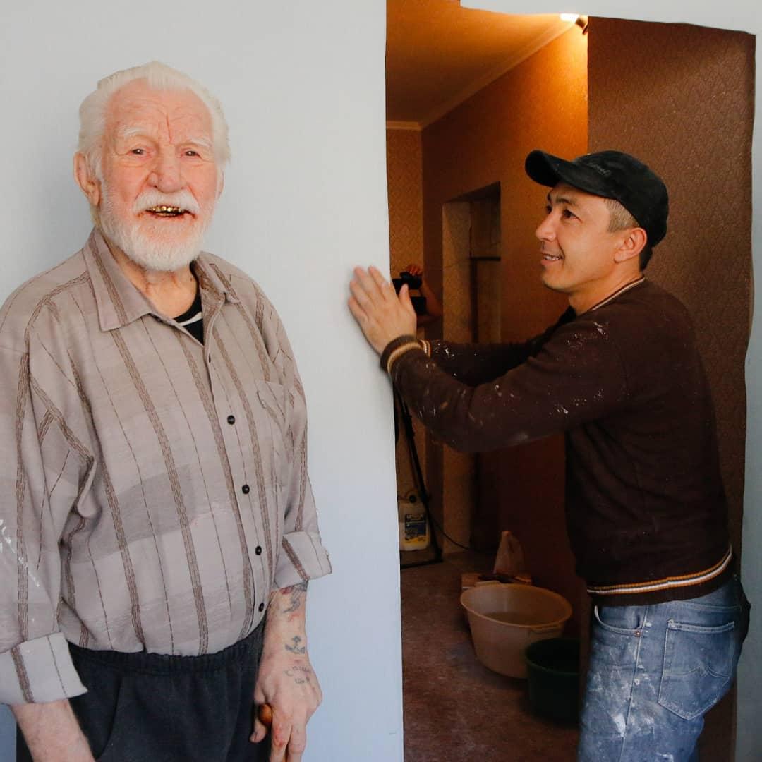 Ветеранам войны в Новороссийске помогают с ремонтом