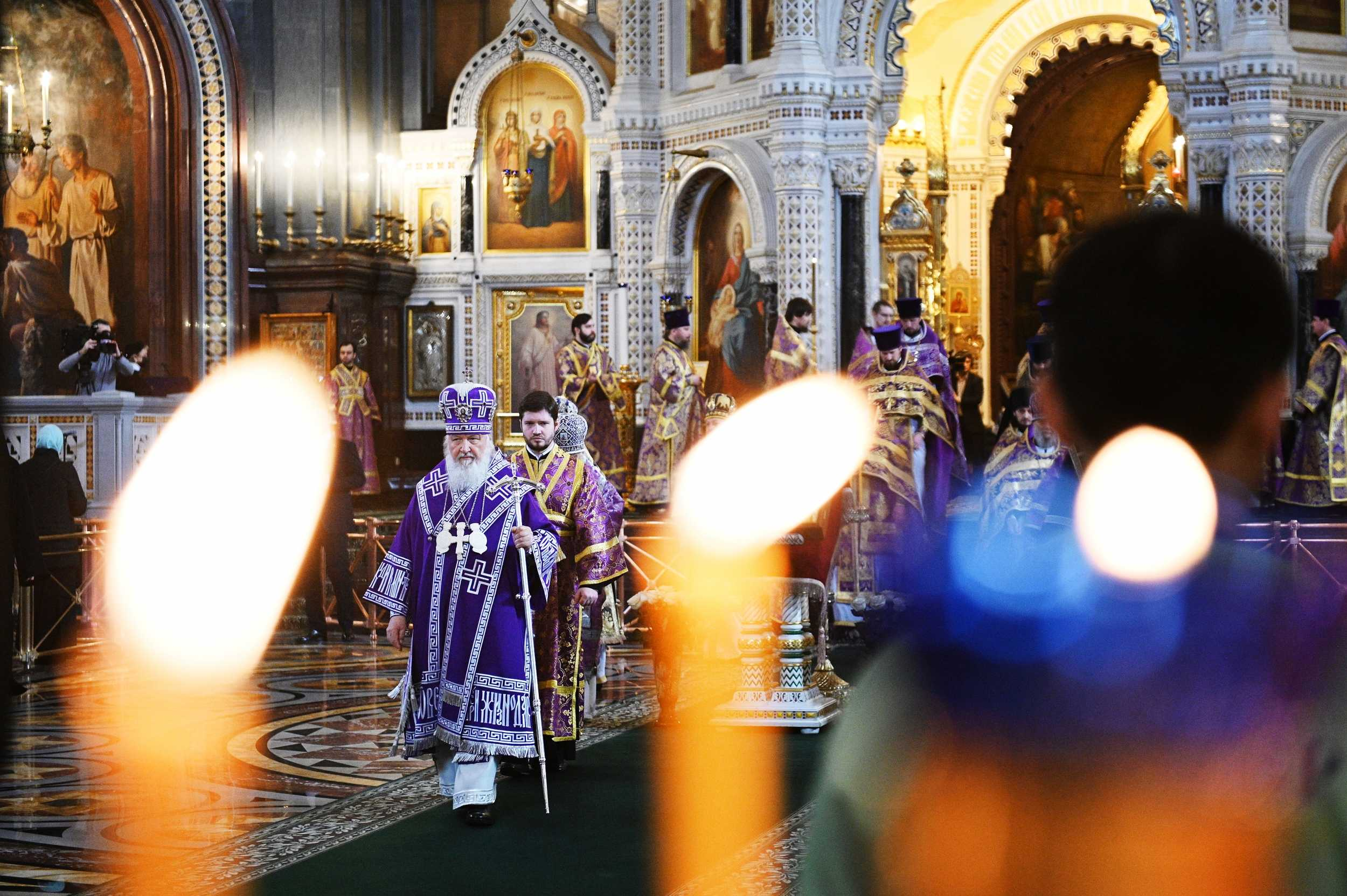 Глава Русской православной церкви призвал прихожан непосещать храмы имолиться дома