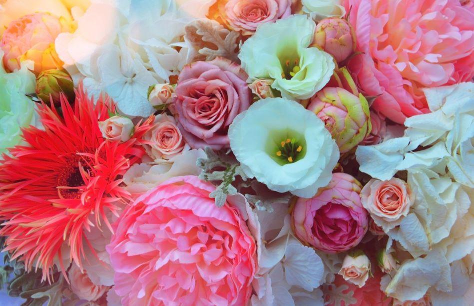 В Новороссийске в праздничные дни будут работать цветочные базары