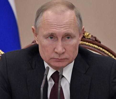 Послабления самоизоляции в России можно ждать только после майских праздников