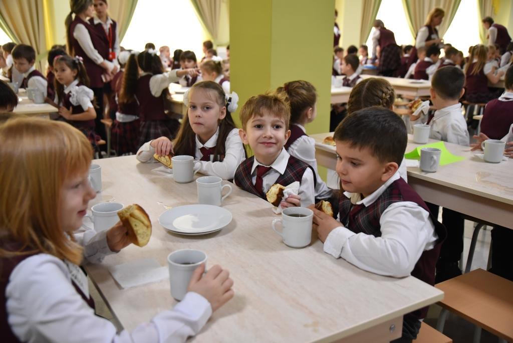 В Новороссийске создали Общество чистых тарелок