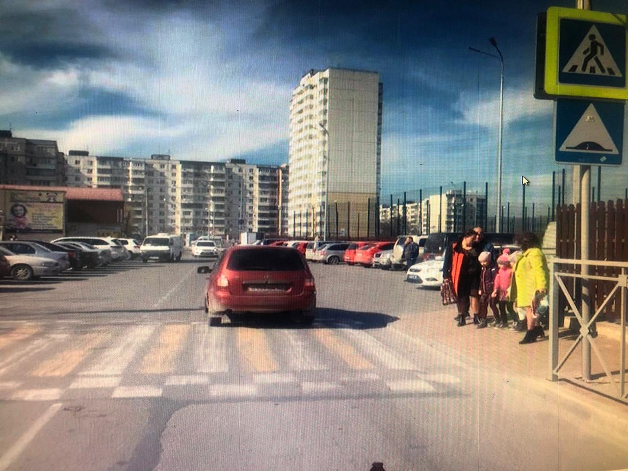 В Новороссийске на «зебре» сбили ребенка, который возвращался из школы