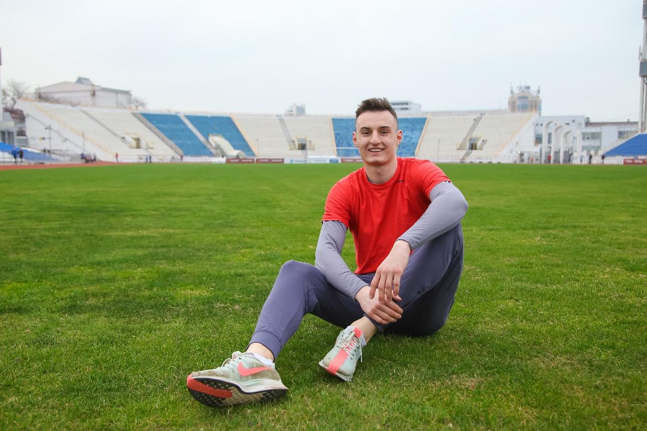 Легкоатлет побил 45-летний рекорд Новороссийска