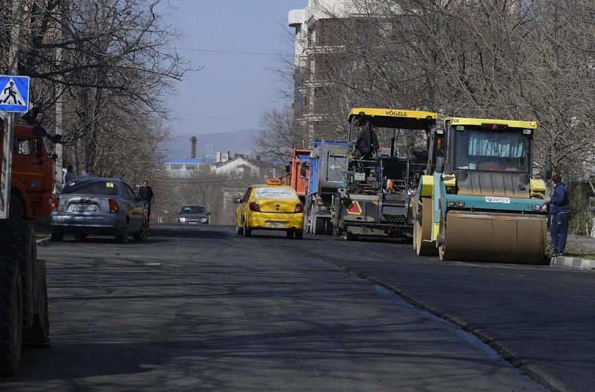 Почти 400 миллионов рублей потратят в Новороссийске на ремонт дорог