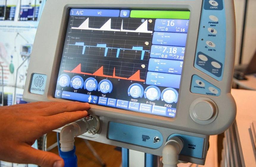 В Краснодарском крае закупили новые аппараты ИВЛ: еще 37 штук отправились в больницы