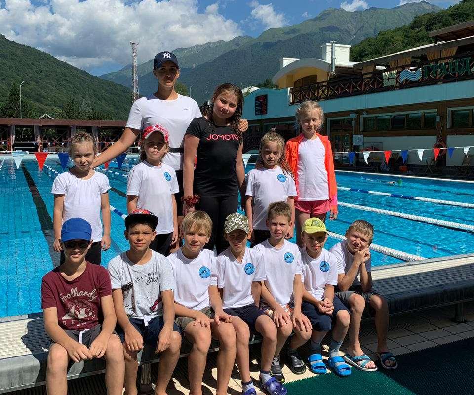 спорт плавание тренер Дельфин