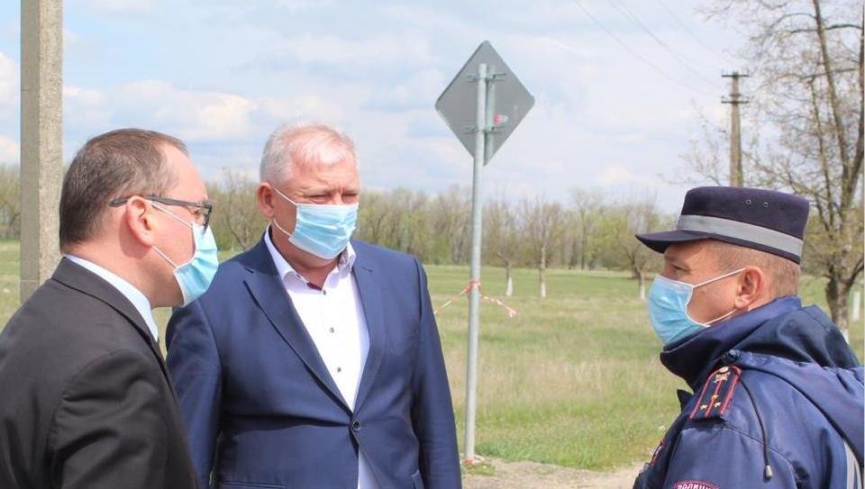 На границах Краснодарского края проверено более 28 тысяч машин