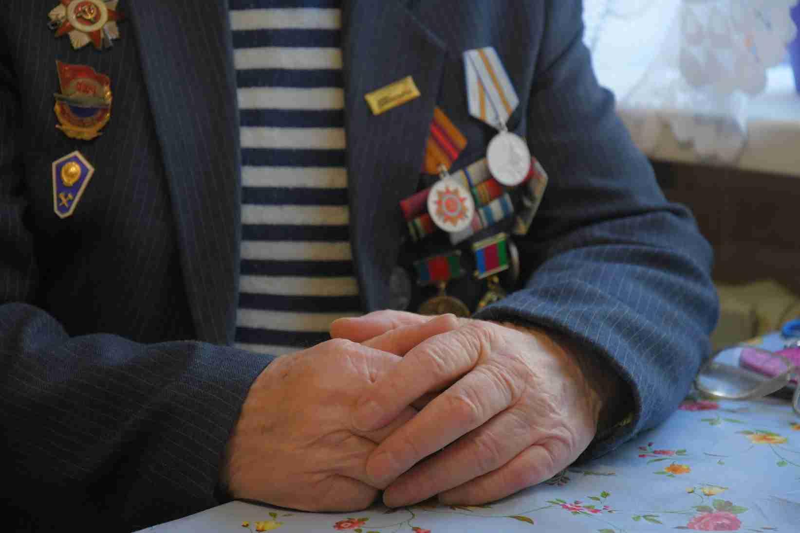 Ветеран Новороссийска поблагодарил за персональный праздник на 9 Мая
