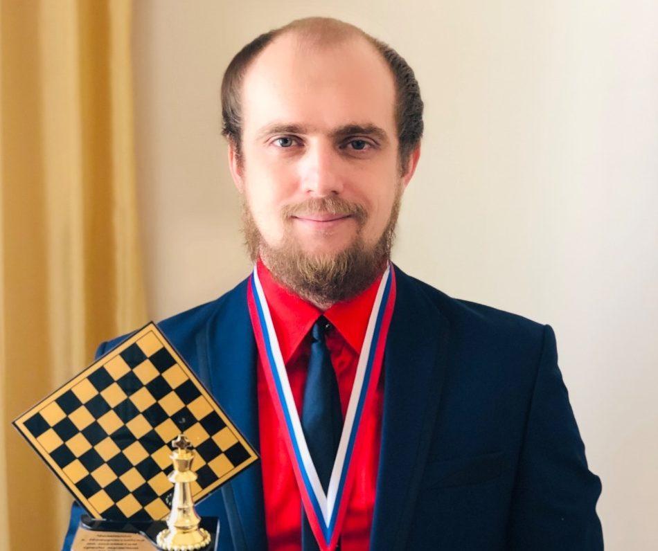Чемпион Новороссийска по шахматам среди любителей готов на матч против профессионала