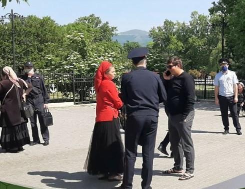 В Новороссийске в полицию доставили «лиц цыганской национальности»
