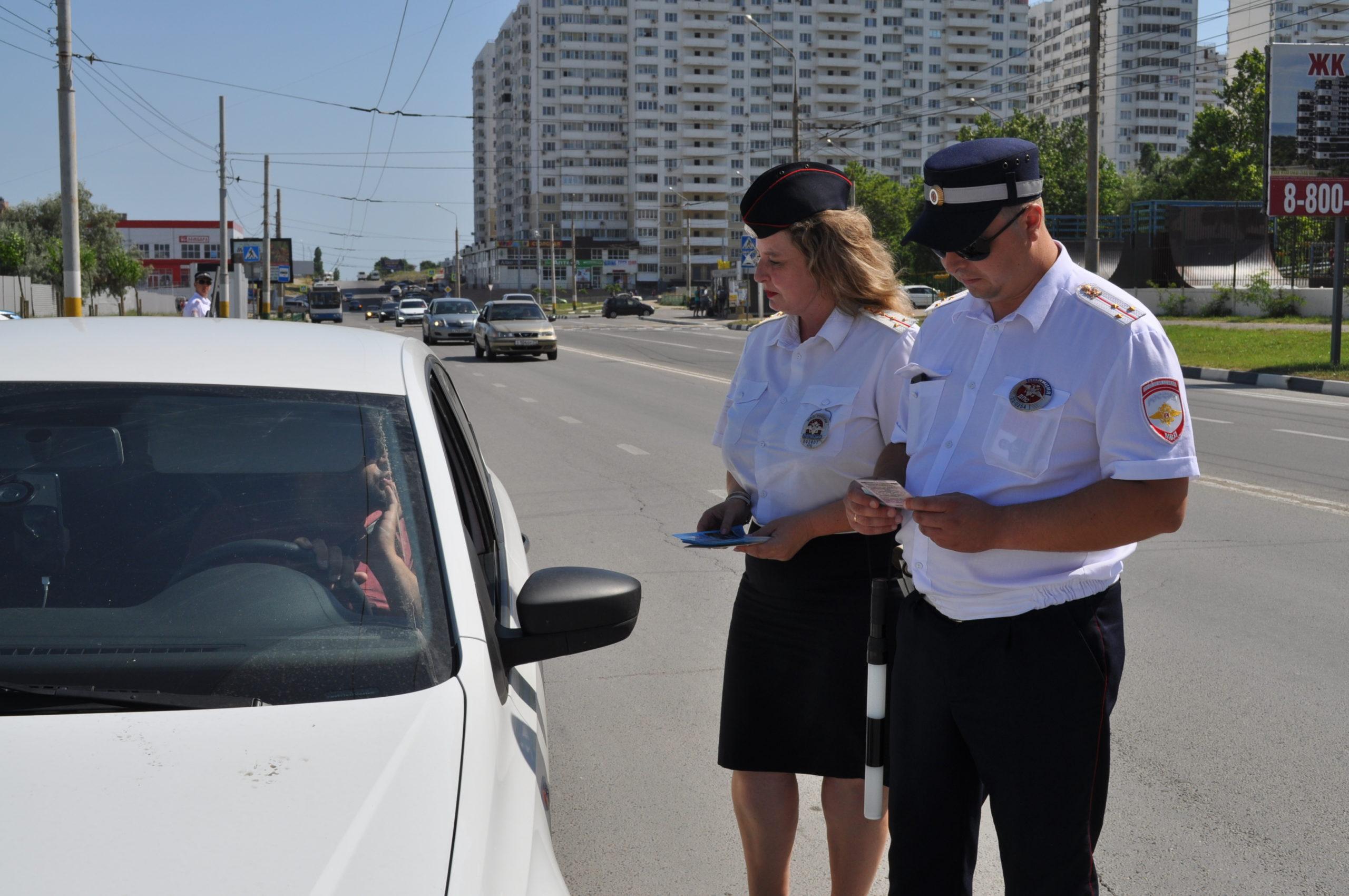 В Новороссийске госавтоинспекторы остановили пьяного водителя без прав