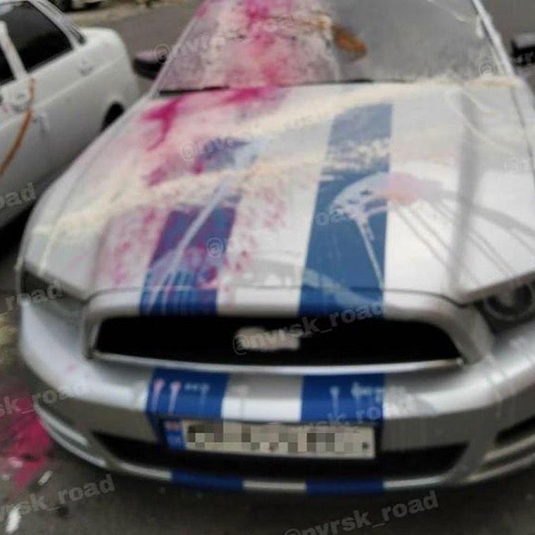 Автомобили новороссийцев изрисовали краской: карантин помутил рассудок?